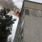 explozie urmata de un incendiu intr-un bloc din constanta nu sunt persoane ranite