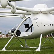 dubai-ul a testat cu succes primul taxi autonom zburator