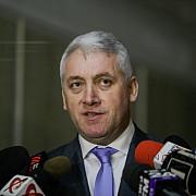 tutuianu a demisionat de la aparare tudose il propune interimar pe ciolacu si anunta ca sunt bani de salarii