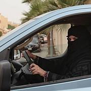 decizie istorica in arabia saudita femeile au voie sa conduca masina