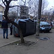 un turc aflat la volanul unui autoturism a lovit opt masini in capitala