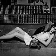 casa de moda chanel criticata pentru alegerea fiicei in varsta de 16 ani a lui cindy crawford ca imagine a noii sale campanii