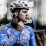 ciclistul michael goolaerts care a suferit un stop cardiac la cursa paris-roubaix a murit la spital