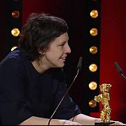 berlinala 2018 touch me not nu ma atinge-ma de adina pintilie a castigat ursul de aur