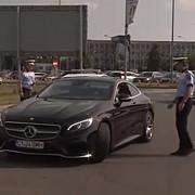 simona halep oprita de politie in momentul in care pleca de la aeroport