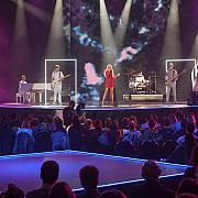 solista trupei care reprezinta romania la eurovision ceruta in casatorie la ceremonia de deschidere