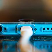 greseli frecvente pe care le faci si care distrug bateria telefonului
