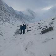 cei 11 turisti rataciti in zona vaii pelesului au fost gasiti de jandarmii montani