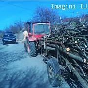 hoti de lemne prinsi in flagrant in mai multe localitati din prahova