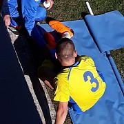 exclusiv fotbalist accidentat grav in timpul unui meci in prahova a fost nevoie de ambulanta foto