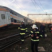 foto video accident feroviar grav langa ploiesti doua trenuri s-au ciocnit 11 peroane ranite