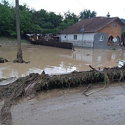 foto imaginile dezastrului lasat de viituri in prahova a fost cod rosu in zona lapos sangeru mizil