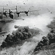 12 iunie 1942 americanii bombardeaza orasul ploiesti