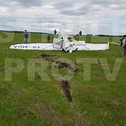 un nou incident aviatic la strejnic avion avariat pilotul la spital
