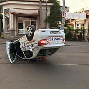 politistul care s-a rasturnat cu masina in centrul ploiestiului era baut
