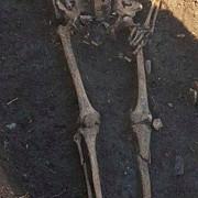 un mormant vechi de aproximativ 1000 de ani a fost descoperit in prahova