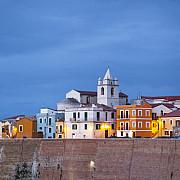 o regiune subpopulata din italia ofera 25000 de euro oricui vrea sa se mute acolo