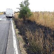 foto cinci masini implicate intr-un accident pe dn1 b la loloiasca impactul a declansat un incendiu de vegetatie