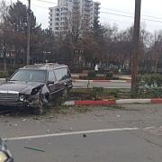 foto peripetii sipe ultimul drum masina de pompe funebre implicata intr-un accident in ploiesti