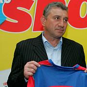 a murit fotbalistul ilie barbulescu cate meciuri a jucat in tricoul petrolului