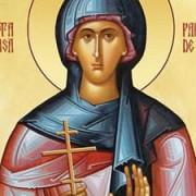sfanta cuvioasa parascheva traditii si superstitii rugaciunea care face minuni si acatistul sf parascheva