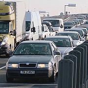 doua milioane de oameni au tranzitat frontierele romanesti in perioada 18 decembrie 1 ianuarie