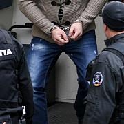 un barbat care a amenintat politistii care voiau sa-l legitimeze a fost arestat preventiv