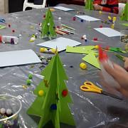 atelierele lui mos craciun au continuat astazi sub semnul copilariei imaginatiei si magiei sarbatorilor de iarna
