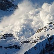 risc crescut de avalansa in majoritatea masivelor montane