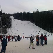 trei partii de schi sunt deschise la azuga