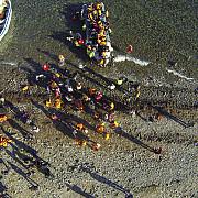 o nava cu migranti clandestini a fost interceptata de garda de coasta in largul portului mangalia