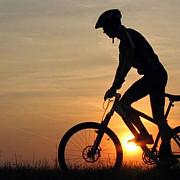 turul centenarului pe bicicleta