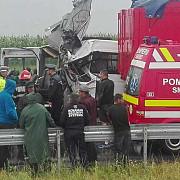 doi morti si patru raniti in urma unui accident in care a fost implicat un microbuz cu pasageri