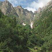 actiune de refacere a marcajelor montane si de ecologizare in bucegi persoanele interesate invitate sa se implice