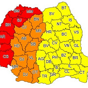 vremea extremelor in romania cod galben de vijelii cod rosu de canicula - atentionarea meteo actualizata