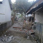 peste 91 de persoane au murit si alte cateva sute au fost ranite in urma seismului cu magnitudinea 7 din indonezia