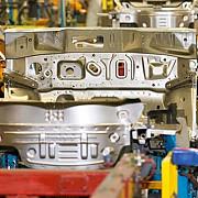 primul semn de revenire a economiei locale dacia va redeschide productia