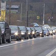 circulatia pe dn 1 dinspre brasov catre valea prahovei a fost deviata pe dn1a din cauza aglomeratiei
