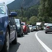 trafic intens pe valea prahovei se circula in coloana pe sensul de mers spre bucuresti al dn1