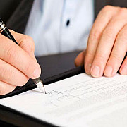 sanctiuni dure pentru functionarii care cer stampilarea documentelor