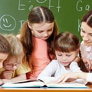 elevii din invatamantul primar si prescolarii intra vineri in vacanta calendarul scolar din 2020