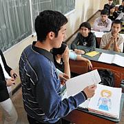 locurile de la liceu taiate drastic dispar aproape 30000 de locuri de la clasa a ix-a adica 1200 de clase din proiectul de hg publicat de minister