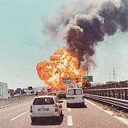 sofer roman ranit usor in explozia din apropierea aeroportului din bologna el era oprit in coloana de autovehicule lovita de cisterna care a explodat