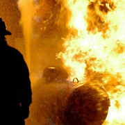 incendiu la o hala de depozitare din pantelimon focul a cuprins o suprafata de 5000 de metri patrati