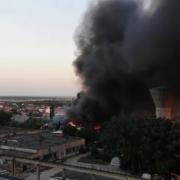 zeci de explozii la un depozit de fier vechi din buzau localnicii informati prin ro-alert
