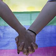 parlamentul european cere romaniei sa recunoasca casatoriile intre persoane de acelasi sex