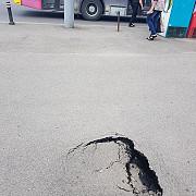 o turista din anglia a cazut intr-o groapa din centrul ploiestiului