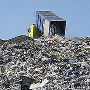 italia ar putea transfera deseuri menajere in gropi de gunoi din romania