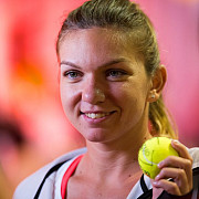 simona halep in turul trei la indian wells