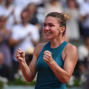 simona halep - kateryna kozlova 7-6 7-5 romanca s-a calificat in optimile de finala de la indian wells